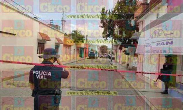 ¡Ejecutaron a dos hombres en una camioneta en plena zona Centro de Fresnillo!