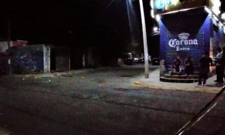 ¡Intentaron ejecutar a 2 hombres a un lado de un depósito de cerveza en Guadalupe!