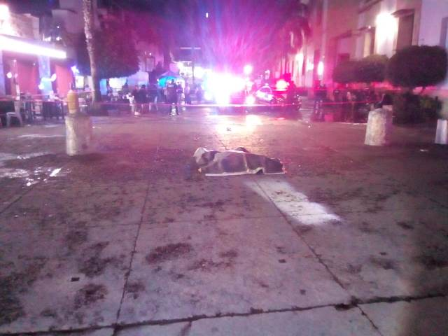 ¡Riña en el Barrio de San Marcos en Aguascalientes dejó 1 muerto y 1 lesionado apuñalados!