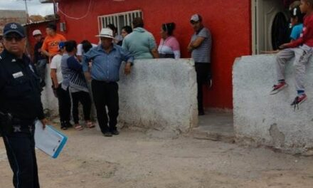 ¡Quinceañera intentó matarse de un balazo en Aguascalientes porque su mamá le castigó el celular!