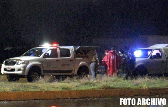 ¡Hallaron a un hombre ejecutado y encostalado en Fresnillo junto con un narco-mensaje!