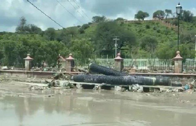 ¡Una mujer y sus dos hijos murieron ahogados en un arroyo en San Juan de los Lagos!