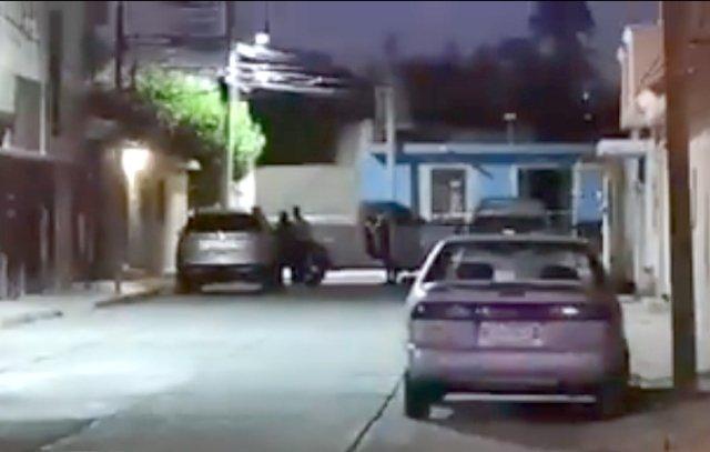 ¡Hombre fue sacado a la fuerza de su casa y ejecutado en la calle en Fresnillo!