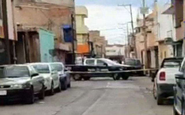 ¡Ejecutaron a joven de al menos 6 balazos en la zona Centro de Fresnillo!