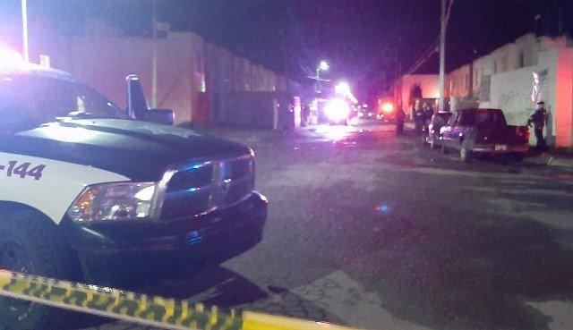 ¡Ejecutaron a dos hombres e hirieron a otro y a tres mujeres en dos agresiones en Guadalupe!