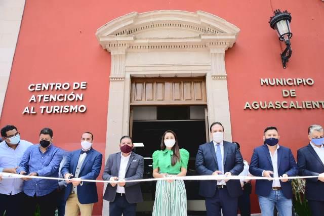 ¡Tere Jiménez inaugura el Centro de Atención al Turismo en Palacio Municipal!