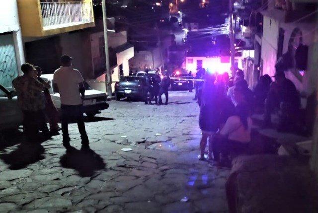 ¡Ejecutaron a 4 hombres e hirieron a 1 mujer en 2 ataques armados en Zacatecas!