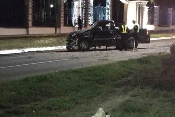 ¡Camioneta chocó contra un árbol en Aguascalientes: 1 muerto y 1 lesionado grave!