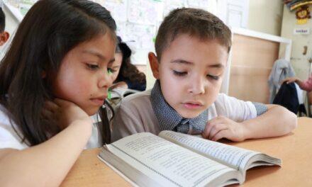 ¡Invita IEA a personal educativo a participar en curso para mejorar la comprensión lectora de estudiantes!