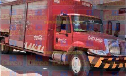 ¡Pistoleros asaltaron a repartidores de la Coca-Cola y les robaron $15 mil en Lagos de Moreno!