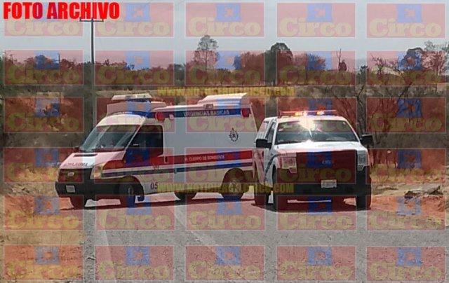 ¡Hallaron a dos hombres ejecutados en la carretera Lagos de Moreno-León!