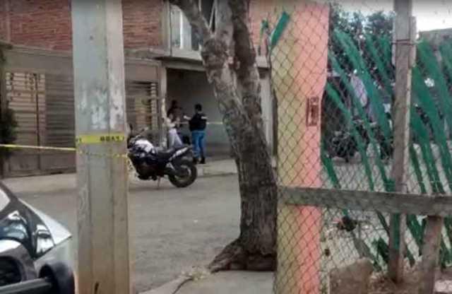 ¡Ejecutaron a dos hombres e hirieron a otros tres tras agresión a familia en Guadalupe!
